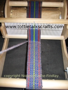 christmas-08-weaving-3