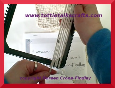 New Video Tutorial How To Weave With Yarn On Potholder Loom