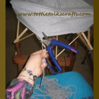 How to make a join in fabric strip yarn or tarn