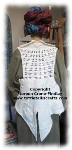 Tri Loom Vest back (c)
