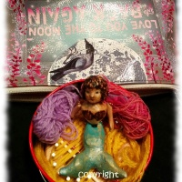 Thumbelina Loom and Siobhan the Mermaid get out and about