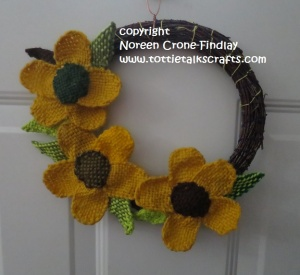 thumbelina-flower-wreath