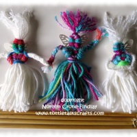 Yarn Tassel Dolls to make with Weaving Sticks
