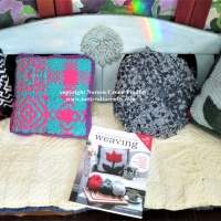 Potholder Loom Weaving book - For the Home