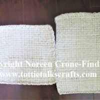 Upcycling old crochet cotton with potholder looms